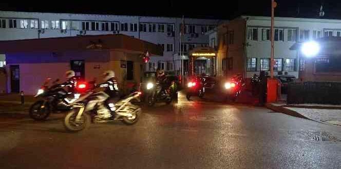 BURSA'DA 300 POLİS İLE GENİŞ ÇAPLI ASAYİŞ UYGULAMASI